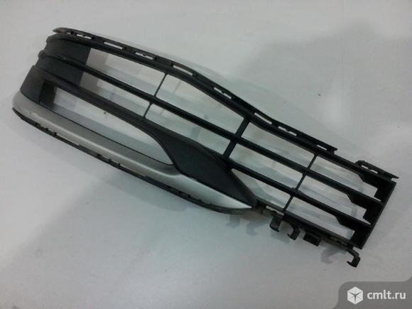 Решетка бампера левая  BMW 5 G30 17- б/у 51117385278 15067010 4*. Фото 1.