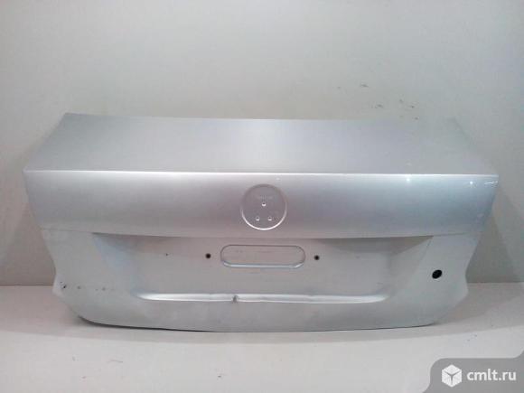 Крышка багажника VW POLO 11-15 б/у 6RU827025C 3*. Фото 1.