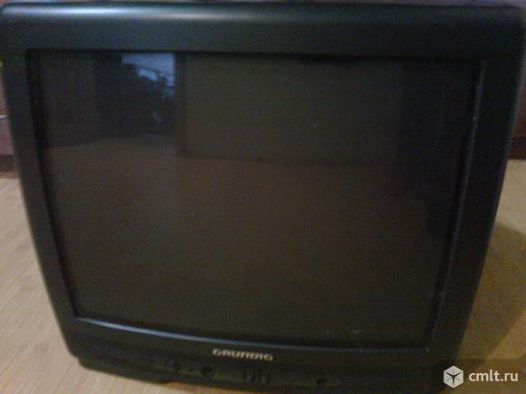 Телевизор кинескопный цв. Grundig. Фото 1.