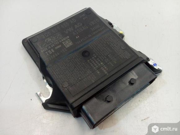 Блок управления подушками безопасности SKODA OCTAVIA A7 13-17 б/у 3Q0959655AD 4* под прошивку. Фото 1.