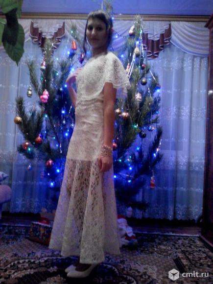 Платье размер 40-42 праздничное для девочки-подростка. Фото 1.