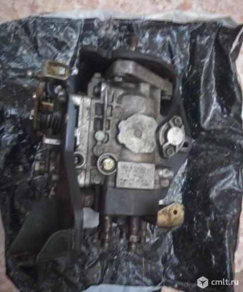 Топливный насос высокого давления 2.4D. Фото 1.
