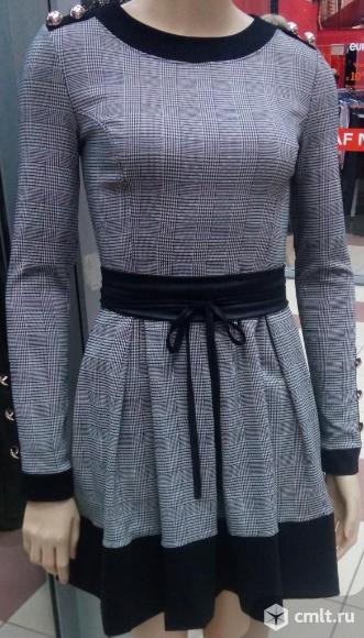 Платье расклешенное новое. Фото 1.