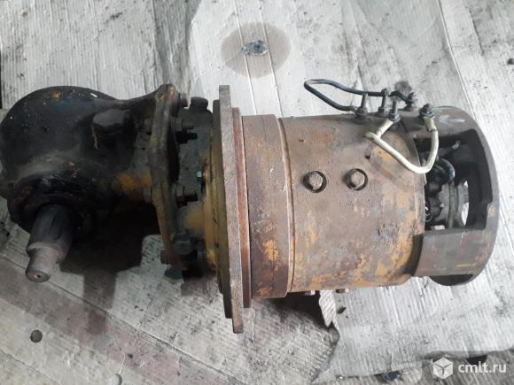 Электродвигатель постоянного тока с электрокара. Фото 1.