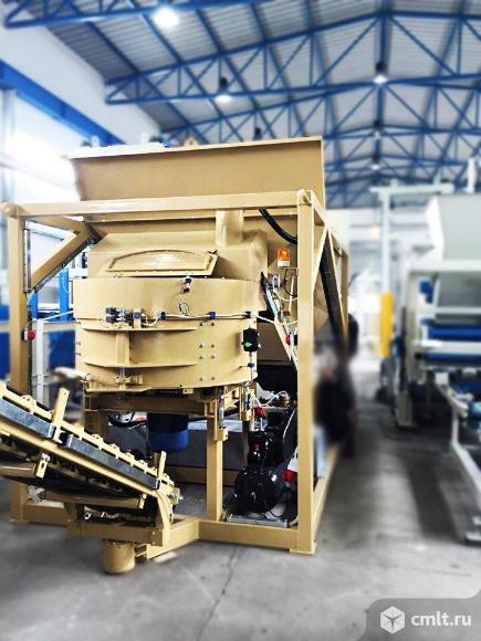 Мобильный завод для производства холодного асфальта SUMAB. Фото 1.