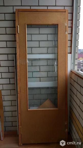 Межкомнатная строительная дверь. Фото 1.