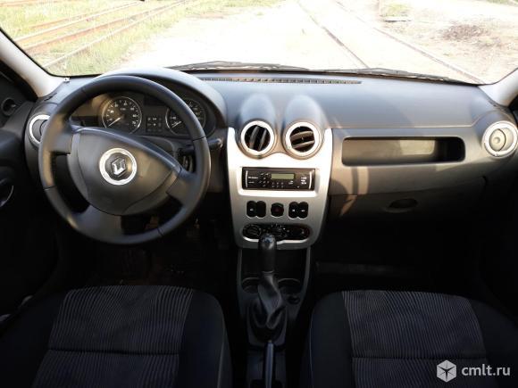 Renault Logan - 2014 г. в.. Фото 9.