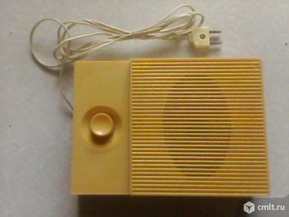 Радиоприемник Донбасс-307. Фото 1.