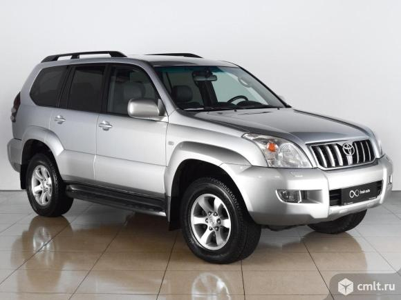 Toyota Land Cruiser - 2004 г. в.. Фото 1.