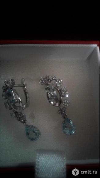 Новые серебряные серёжки с топазами и фианитом.. Фото 1.