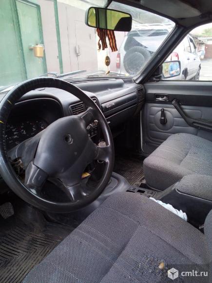 ГАЗ 310221 - 2002 г. в.. Фото 1.
