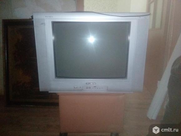 Телевизоры на запчасти. Фото 1.