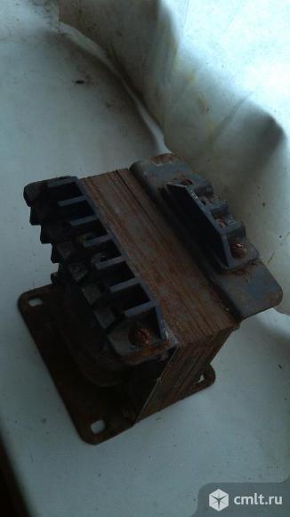 Трансформатор понижающий с 220в до 36в. Фото 1.