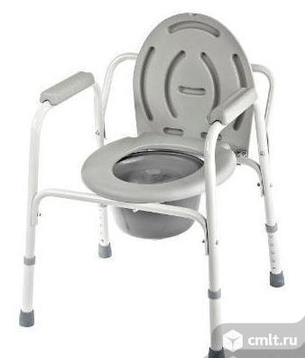Кресло-стул с санитарным оснащением. Фото 1.