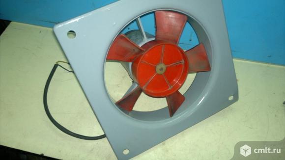 Вентилятор осевой, низковольтный.. Фото 1.