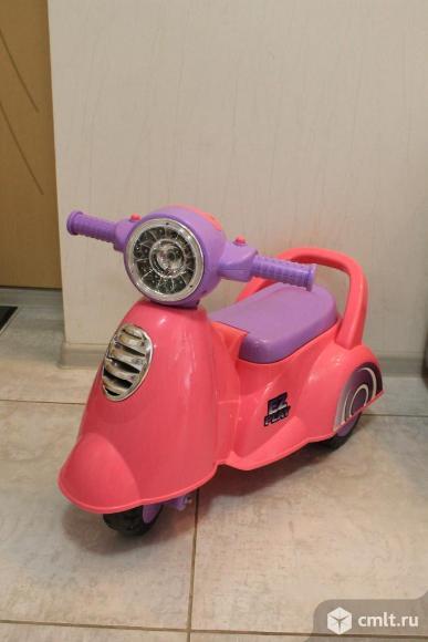 Каталка-мотоцикл музыкальная. Фото 7.