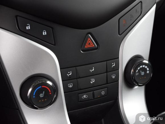 Chevrolet Cruze - 2015 г. в.. Фото 8.