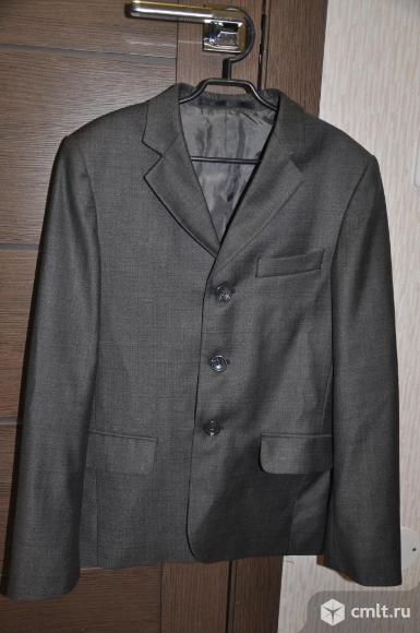 Школьный пиджак новый р-р 34 рост 140. Фото 1.