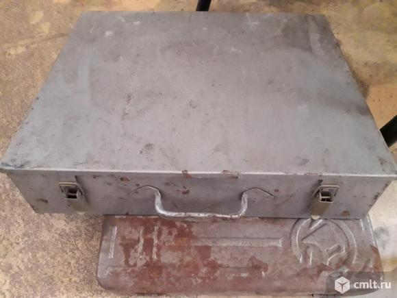 Кейс  металлический с инструментом. Фото 1.