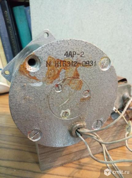 Двигатель постоянного тока 4АР-2. Фото 2.