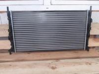 Радиатор охлаждения 1354177 Форд Фокус 2, Мазда 3
