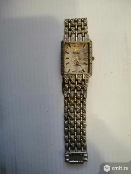 """Часы """"Rolex"""" ремешок металл. Фото 1."""