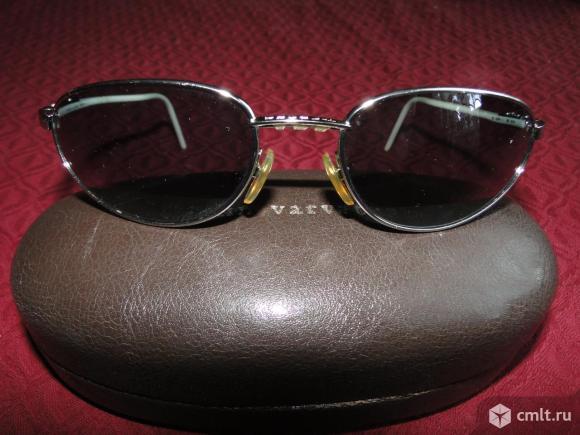 Очки солнечные. Фото 1.