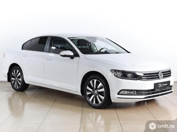 Volkswagen Passat - 2015 г. в.. Фото 1.