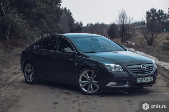 Opel Insignia - 2012 г. в.. Фото 1.