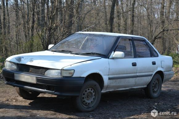 Toyota Sprinter - 1990 г. в.. Фото 1.