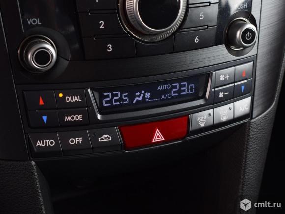 Subaru Outback - 2012 г. в.. Фото 10.