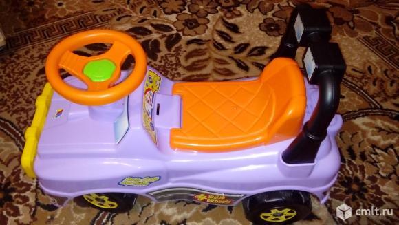 Детская машинка (каталка). Фото 1.