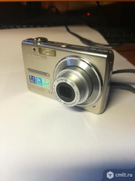 Фотоаппарат цифровой Olympus. Фото 1.