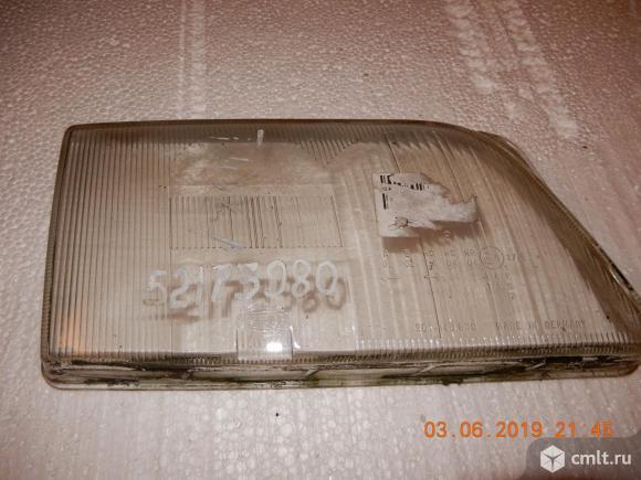 Продаю стекла фар на Ауди А6. Фото 2.