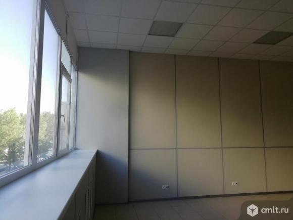 Офисное помещение площадью  150  кв.м.. Фото 1.
