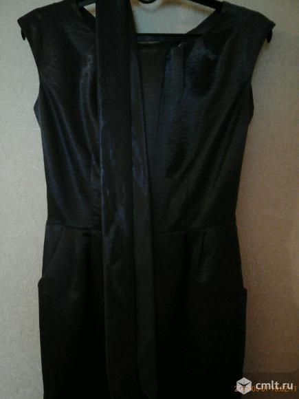 Платье-футляр (темно-серое). Фото 1.