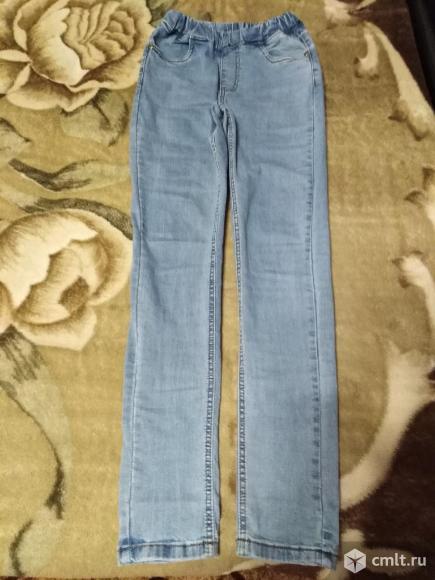 Новые джинсы на резинке. Фото 1.