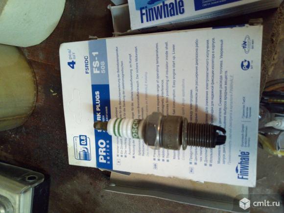 Свечи Бош 3-х контактные б/у. Фото 3.