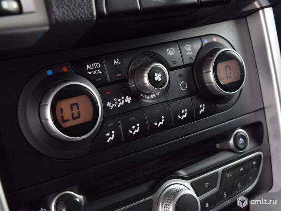 Renault Koleos - 2010 г. в.. Фото 8.