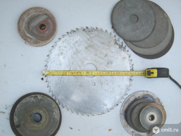 Циркулярный, шлифовальные и отрезные диски. Фото 1.