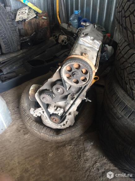 Двигатель ваз 2109. Фото 1.