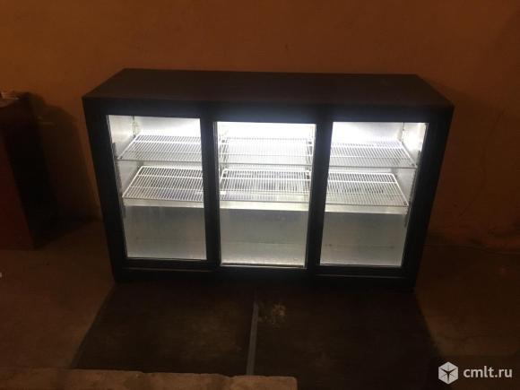 Холодильник витрина. Фото 1.