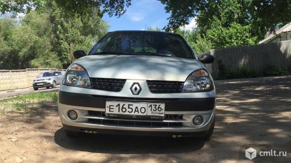 Renault Clio - 2004 г. в.. Фото 1.