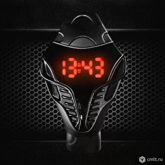 Новые LED электронные часы Кобра. Фото 1.