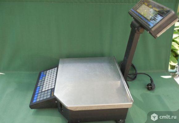 Весы электронные торговые. Фото 1.