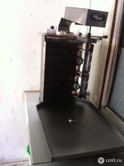 Оборудование для шаурмы. Фото 1.