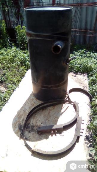 Для мерседес 1622 Топливный бак металлический 220л. Фото 3.