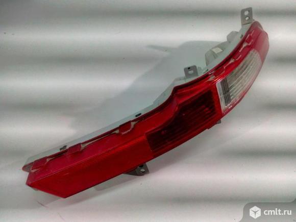 Фонарь бампера заднего правый KIA SPORTAGE 10-16 б/у 924063U300 4*. Фото 1.