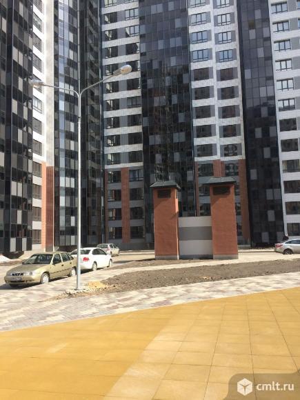 2-комнатная квартира 59,8 кв.м по улице  9 Января 68. ЖК Современник. Отличная планировка.. Фото 1.