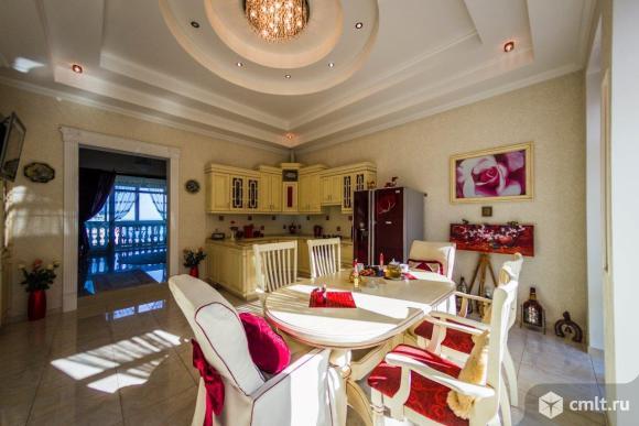 Продается: дом 210 м2 на участке 3 сот.. Фото 1.